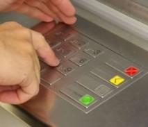 Потерял ПИН карты: как восстановить код или снять деньги без него?