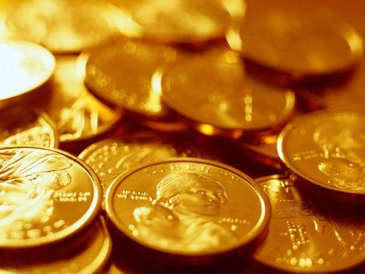 золотые импортные монеты
