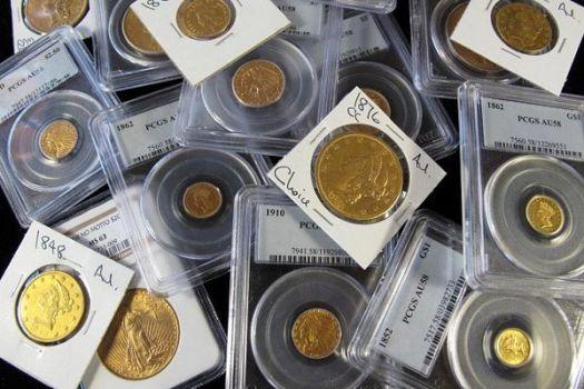 инвест монеты в упаковке