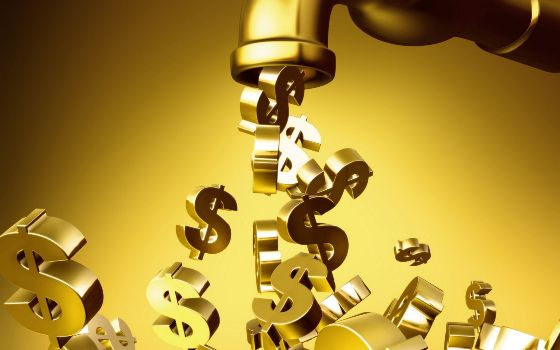 золотые доллары из крана