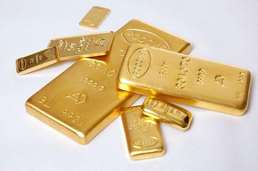 какие размеры у золотых слитков
