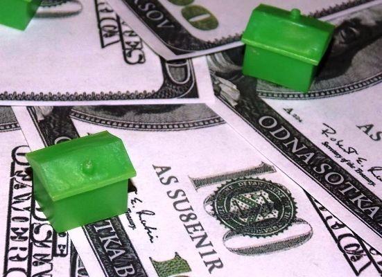 дома на долларах