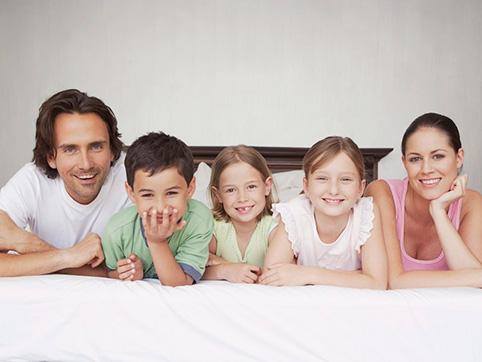 молодая семья довольна ипотекой сбербанка
