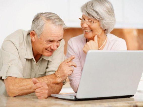 пенсионерам легко в онлайн
