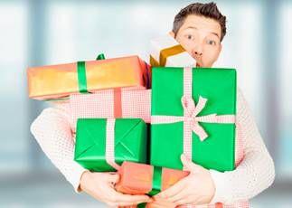 набрал подарков от сбербанка